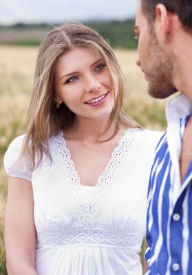 ciri wanita tertarik pada lelaki